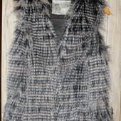 Меховая жилетка размер 12 (М) New Look