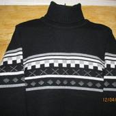Теплый шерстяной качественный свитер в отличном состоянии.
