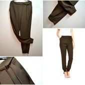 Трендовые джоггеры средней посадки с карманами брюки