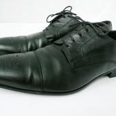 Стильные фирменные кожаные туфли Doucal's размер  44 - 45.