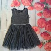 Нарядное платье на девочку 4-5 лет George