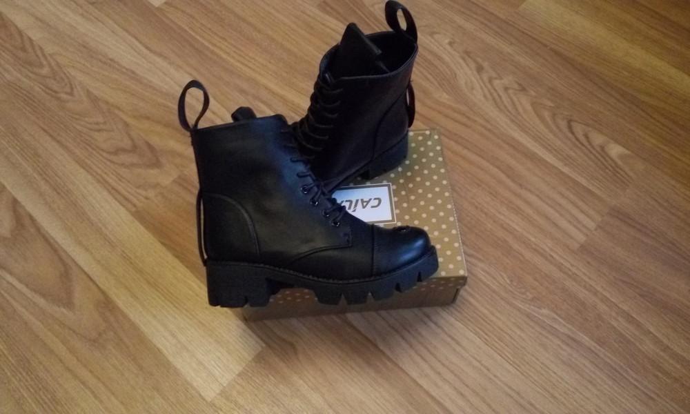 Черные зимние ботинки фото №3