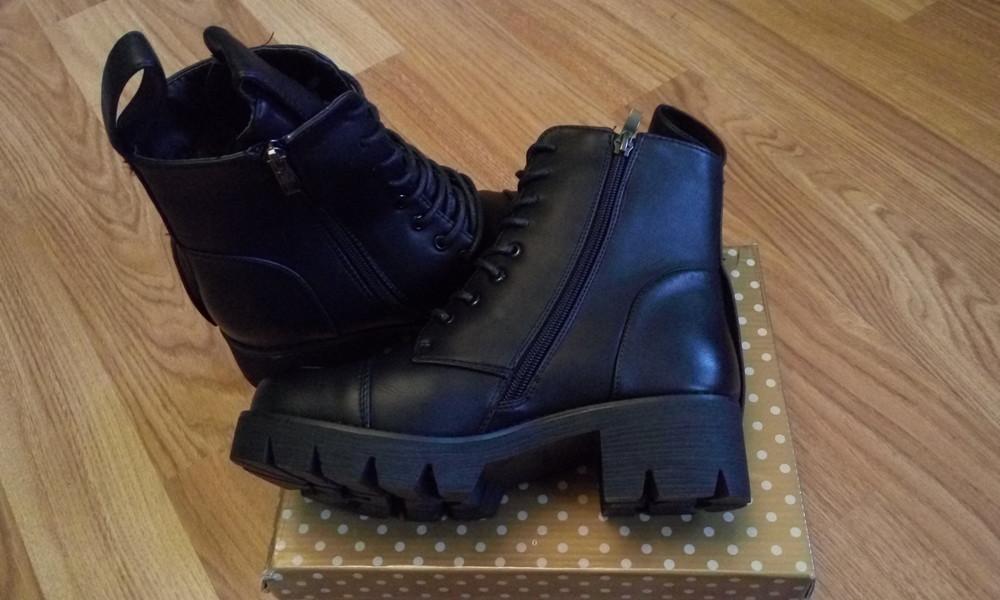 Черные зимние ботинки фото №5