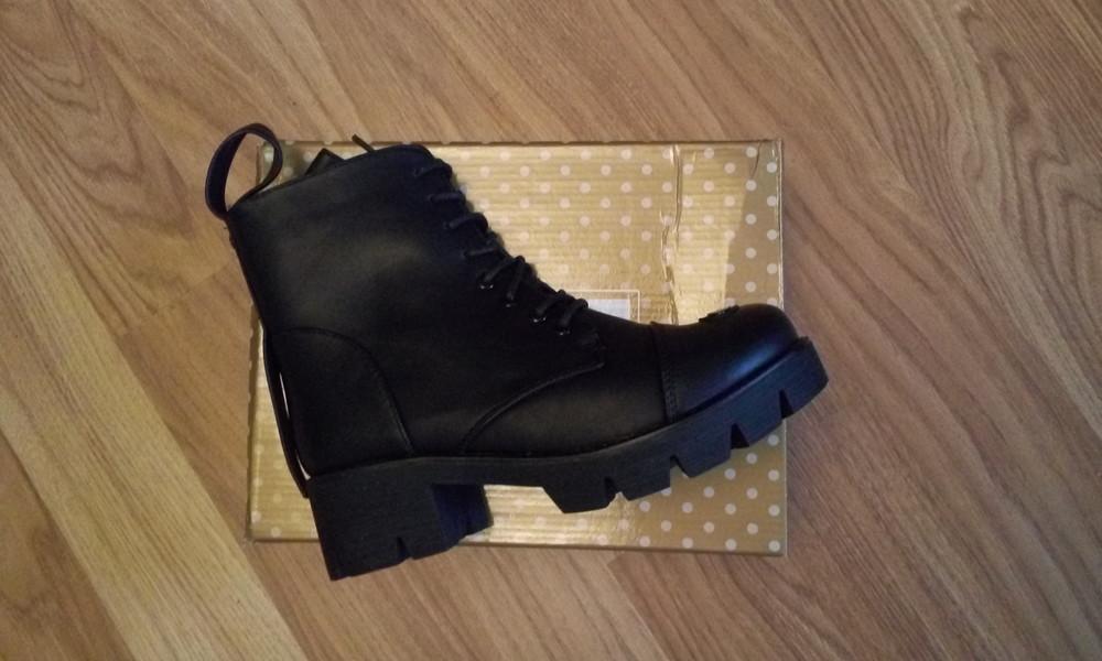 Черные зимние ботинки фото №6