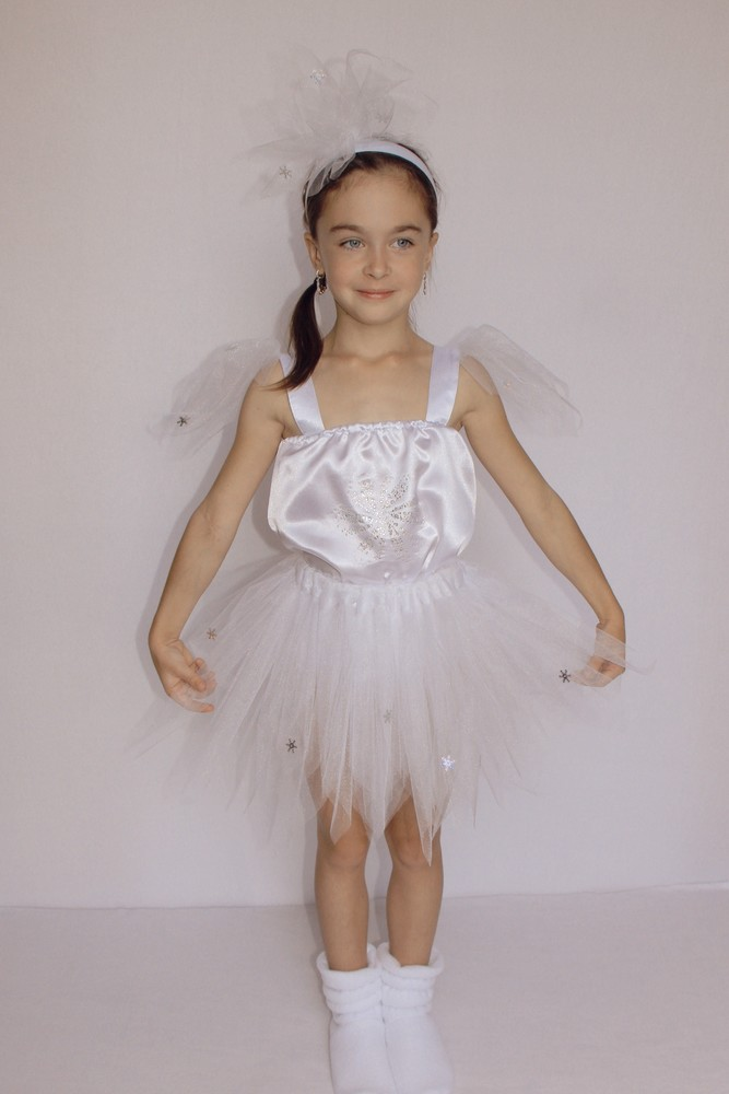 Снежинка,новогодний, карнавальный костюм для девочки в трех вариантах. фото №10