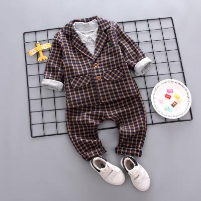Шикарный костюм тройка. пиджак,брюки и реглан. фото №1