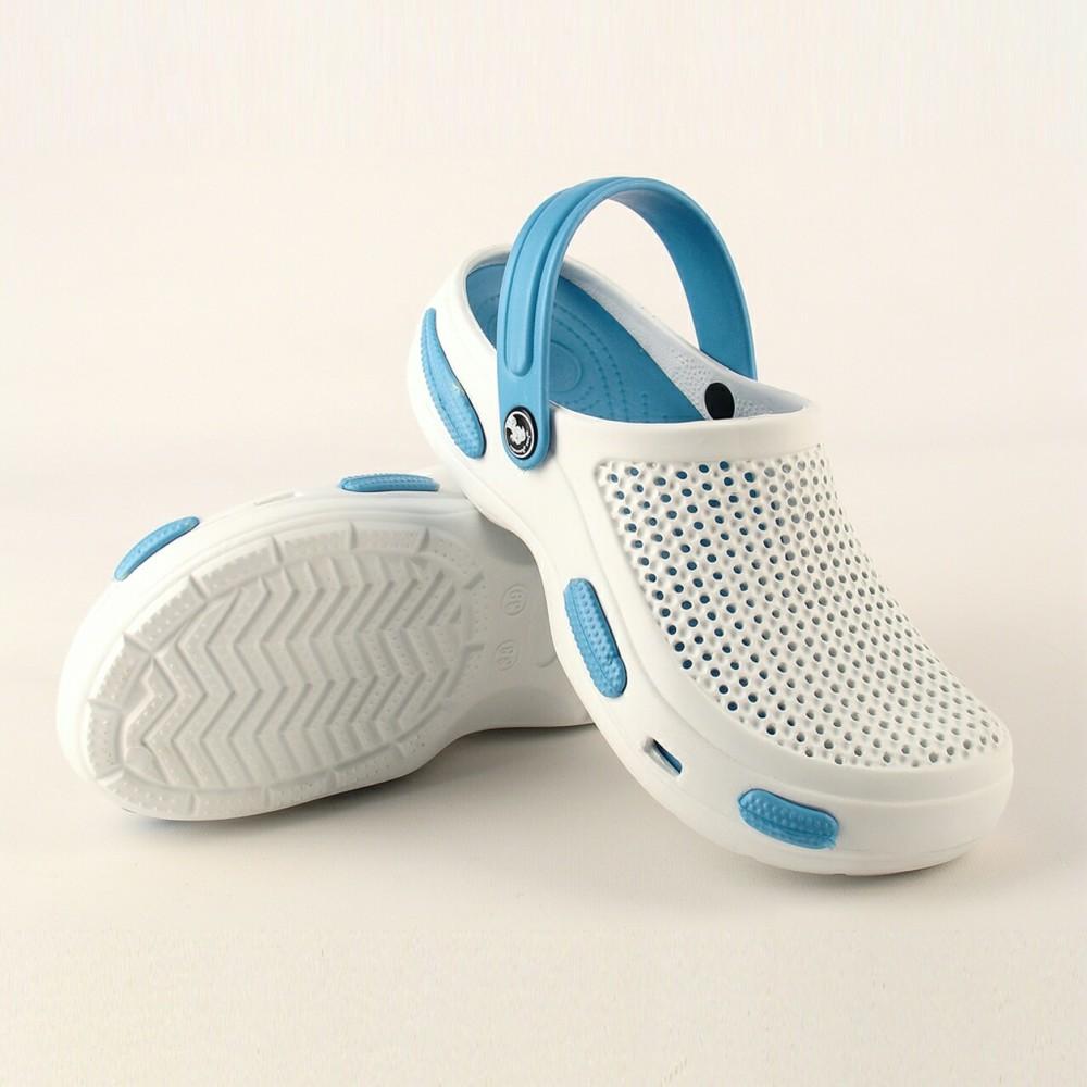 Сабо белые с голубой подошвой и хлястиком аналог crocs фото №1