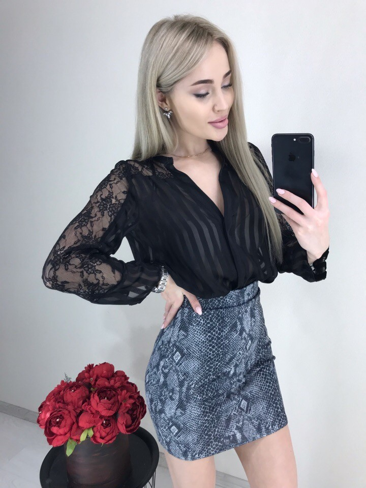 Стильная мини-юбка принт питон фото №1