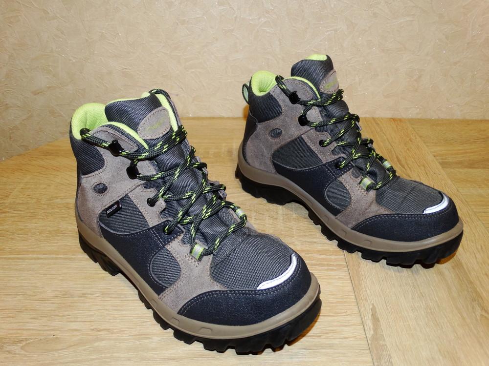 Р.35-36 треккинговые ботинки quechua , 23 см. по стельке фото №1