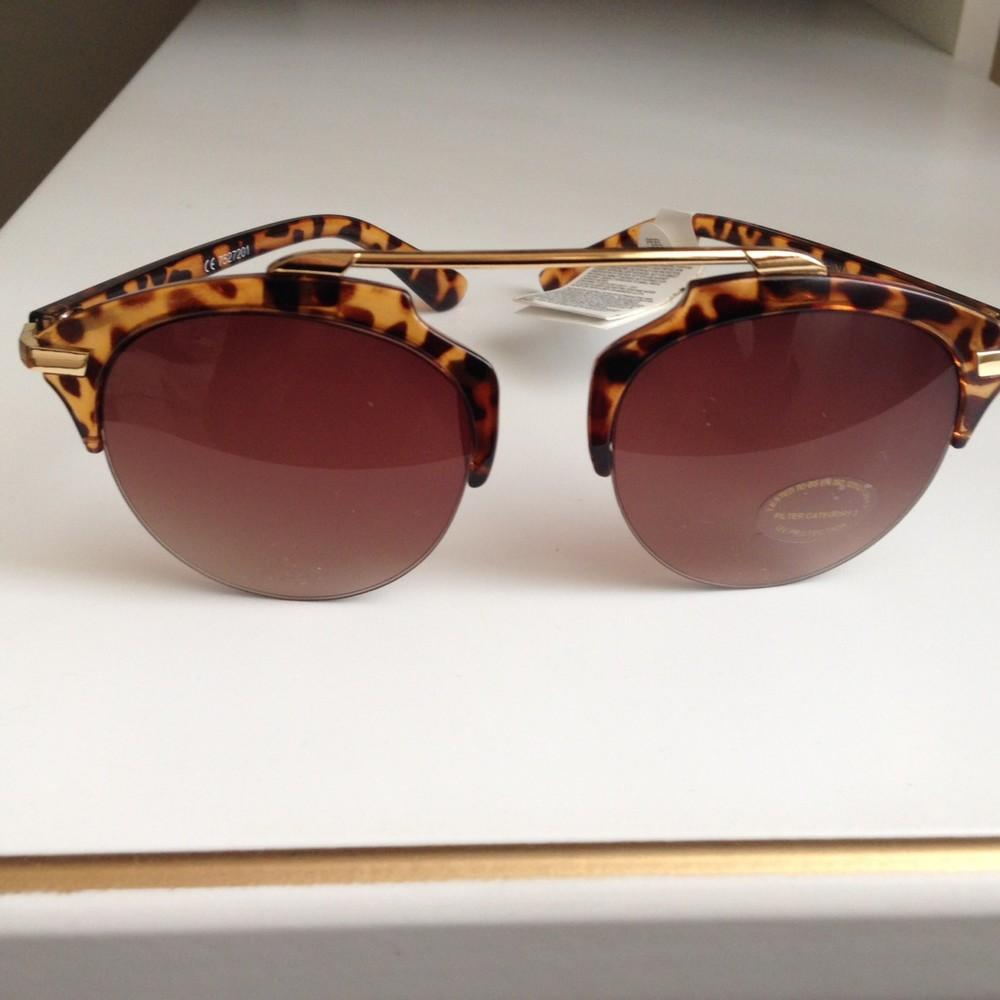 Трендовые очки женские солнцезащитные , новые (сток!!!!) с бирками с документами uv защита фото №1