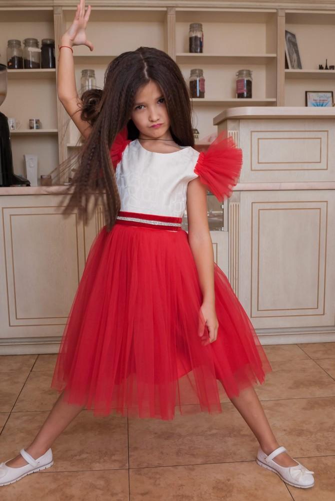 Нарядное платье с пышными рукавами-тренд года! фото №1