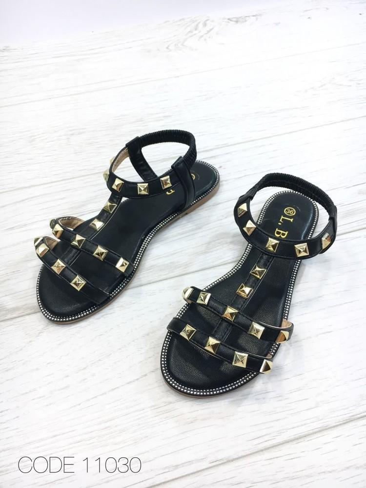 Черные женские сандалии золотая фурнитура плоская подошва 36-41рр фото №1