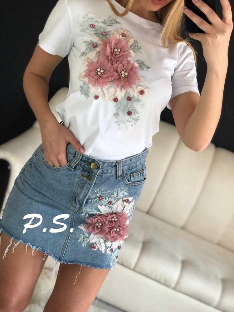 Комплект джинсовая юбка с футболкой фото №1