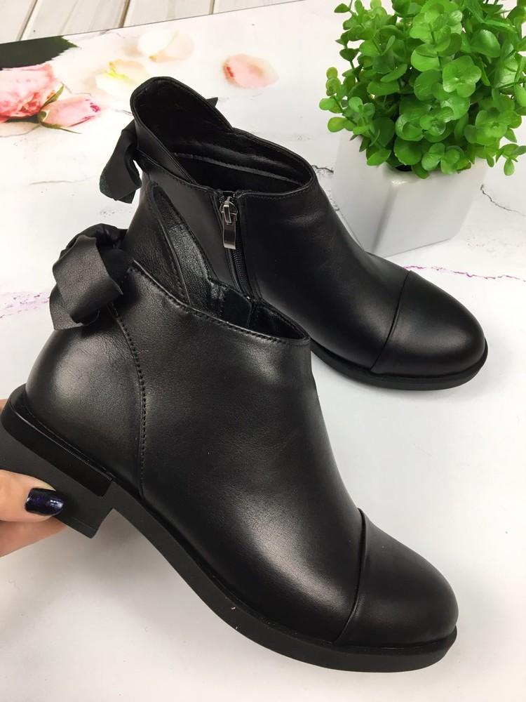 Женские кожаные/замшевые демисезонные ботинки фото №1
