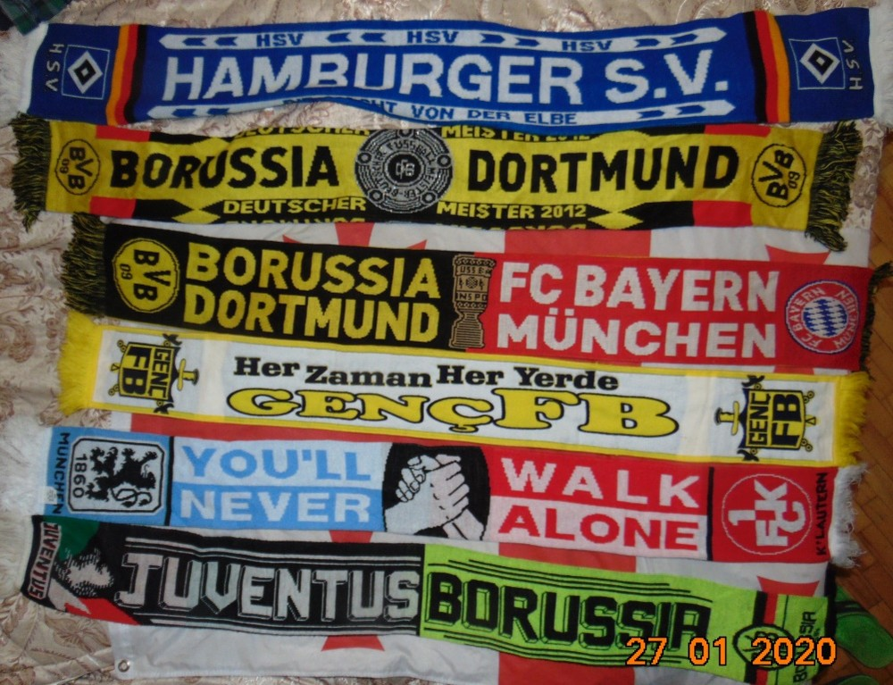 Спортивние фирменние оригинальние футбольние шрфи шарф. фото №1