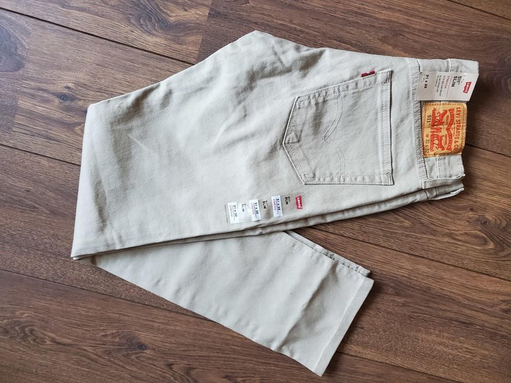 Бежевые джинсы levis slim fit l32w31 фото №1