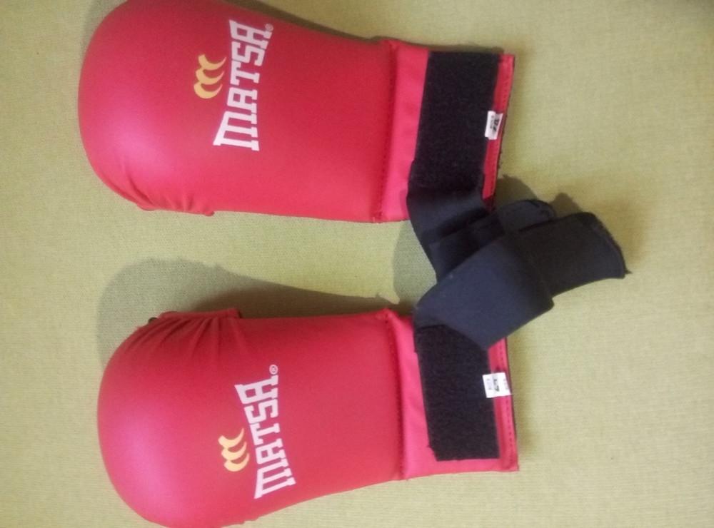 Перчатки накладки для карате,24р. 150грн., торг фото №1
